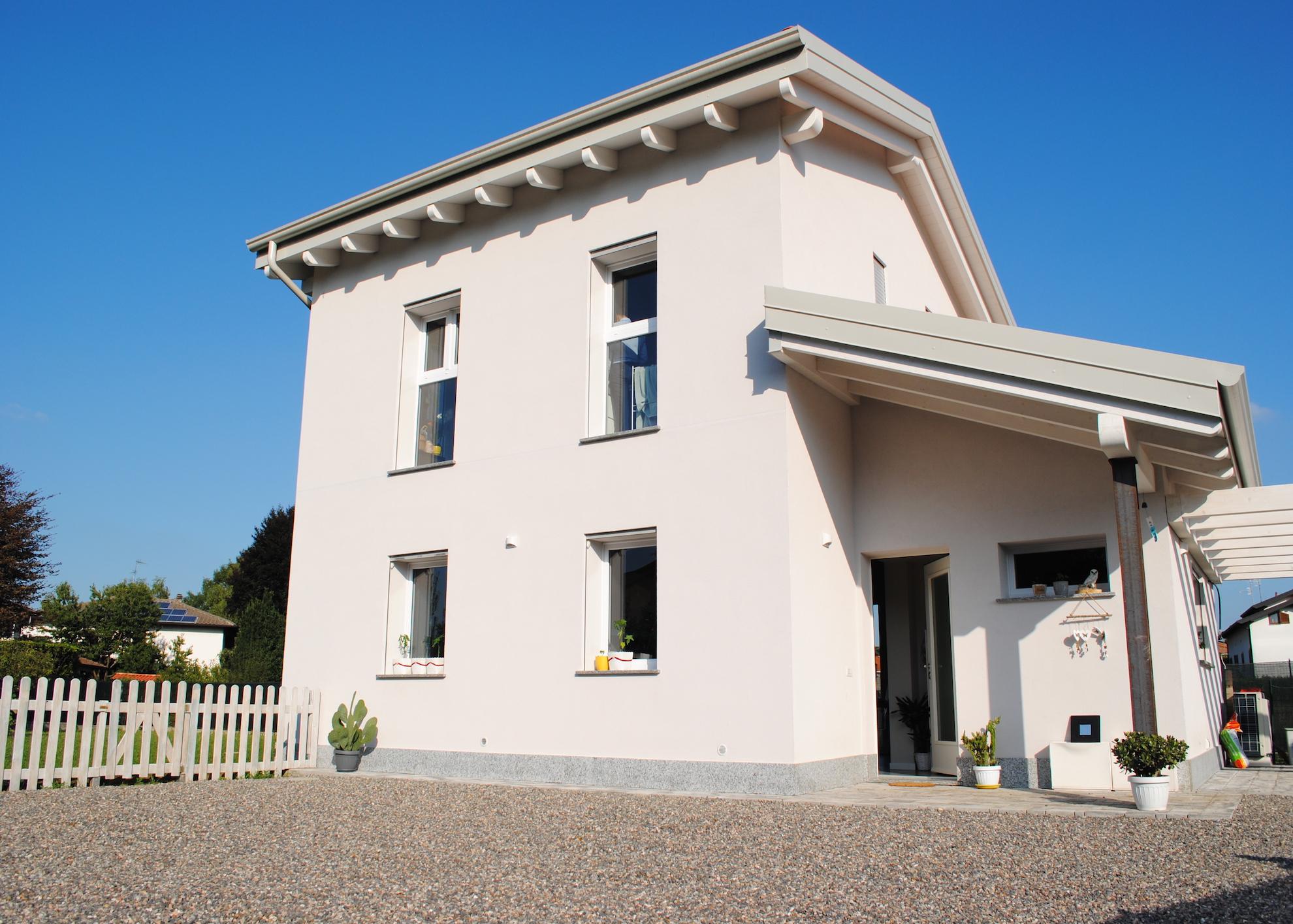 Villa Singola a Caronno Varesino